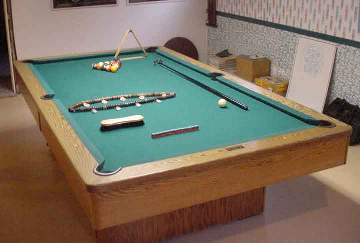 Full sized olhausen pool table in galt - Dimension table billard ...